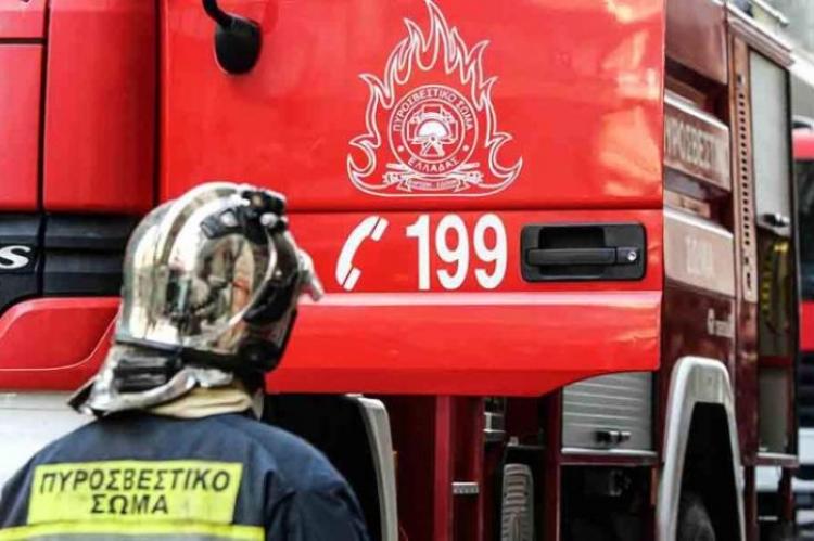 Πάτρα: Πυροσβεστικό όχημα ανατράπηκε σε πυρκαγιά - Απεγκλωβισμός δύο  πυροσβεστών   Arcadia Portal
