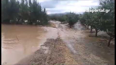 Arcadiaportal.gr - Καταστροφές από το χαλάζι στο Βουνό